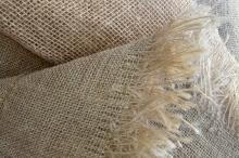 Упаковочная ткань изготавливается из натурального или искусственного сырья